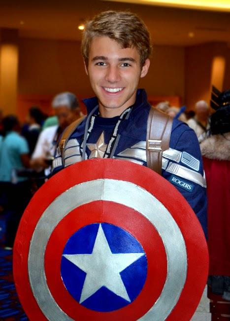 Dragon Con 2014 Cosplay | Captain America