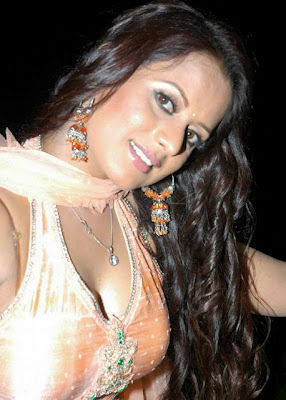 tanisha stunning in churidar hot photoshoot