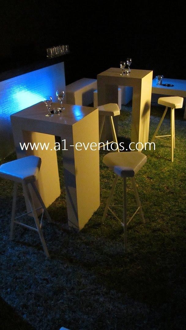 A1 eventos mesas altas de bar modelo madera for Mesas altas de bar de madera