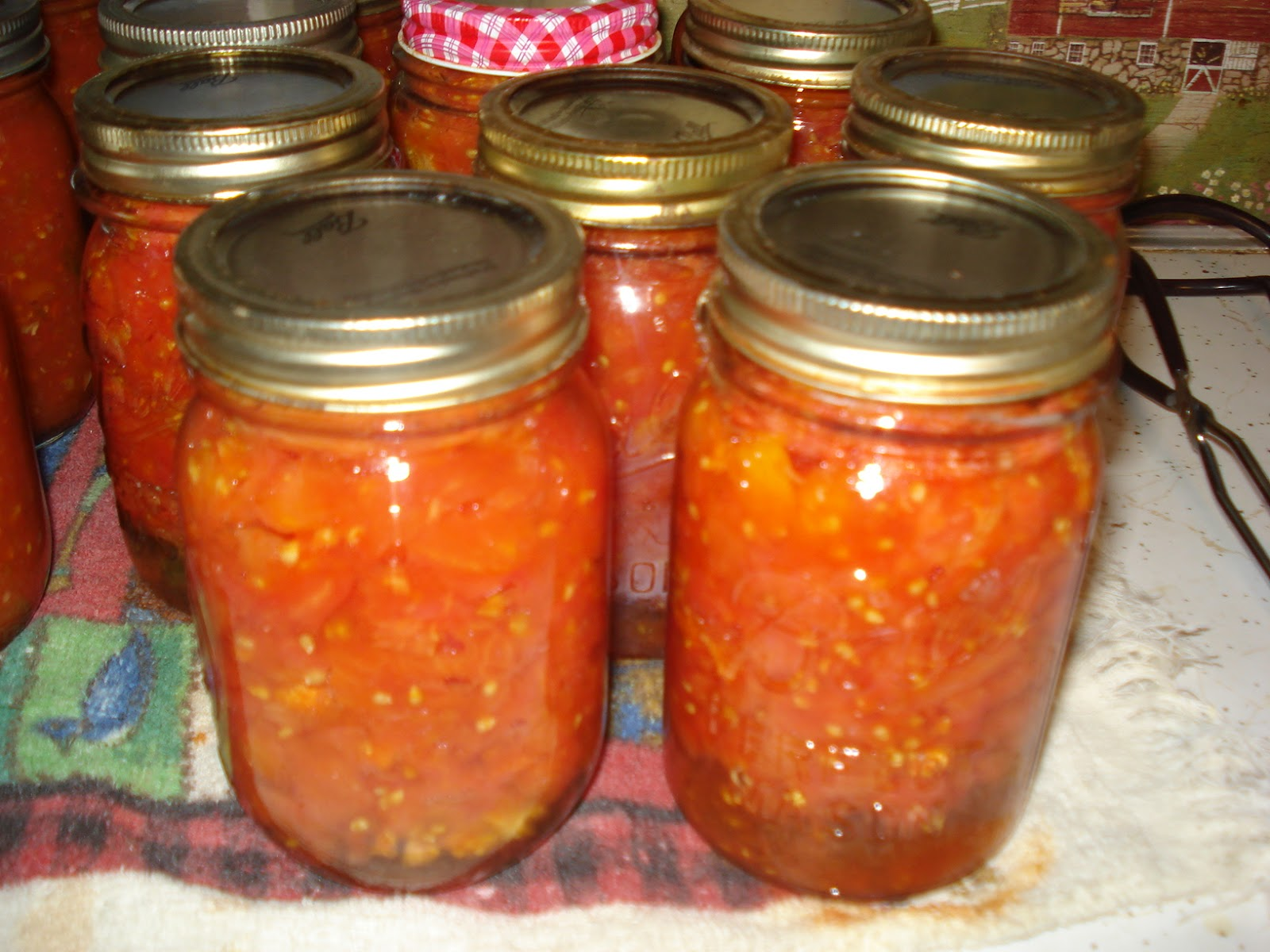 The Creative Home: Canning Diced Tomatoes