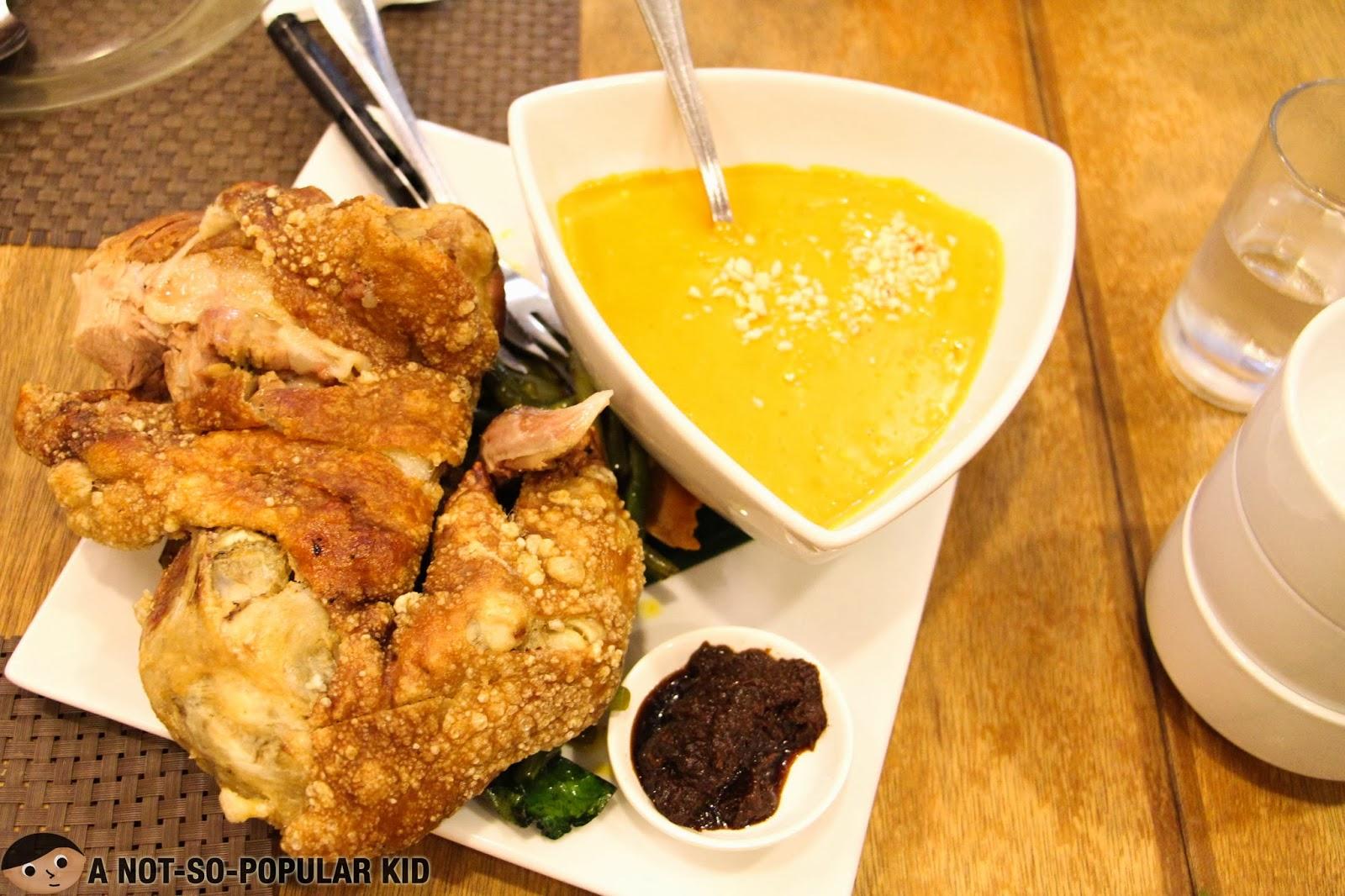 C2 Classic Cuisine Crispy Kare-Kare