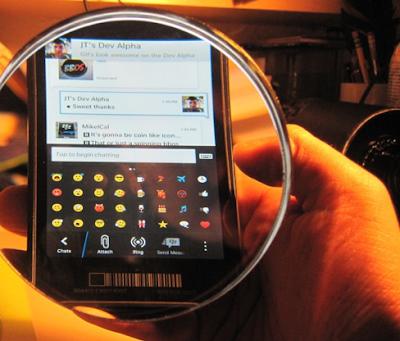 Un tema de lo que casi no se ha hablado para BlackBerry 10 es del BlackBerry Messenger. Sabemos que esta aplicación tendra la opción de poder hacer videollamadas. En esta ocasión se han dado a conocer nuevos emoticonos que traen integrados nativamente el BBM para BlackBerry 10. Fuente:bberryblog
