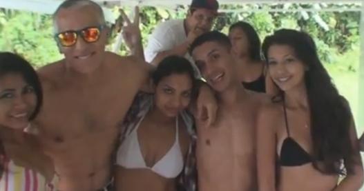 naked bum of girls