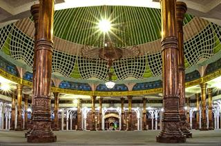 Masjid Agung Al-Falah Masjid Seribu Tiang