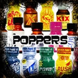 """los llamados """"poppers"""", usados desde la década del 70 en discotecas de Europa y Estados Unidos. Contienen derivados del nitrito, sustancia química utilizada para la limpieza de cueros, como disolventes de materia orgánica o para la limpieza de cabezales de videos, entre otros."""