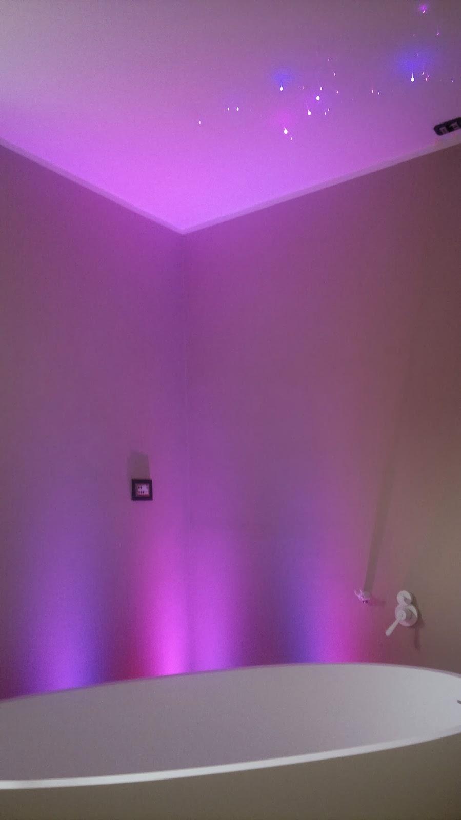 Bocce di vetro per lampade in ferro battuto - Lampade per doccia ...