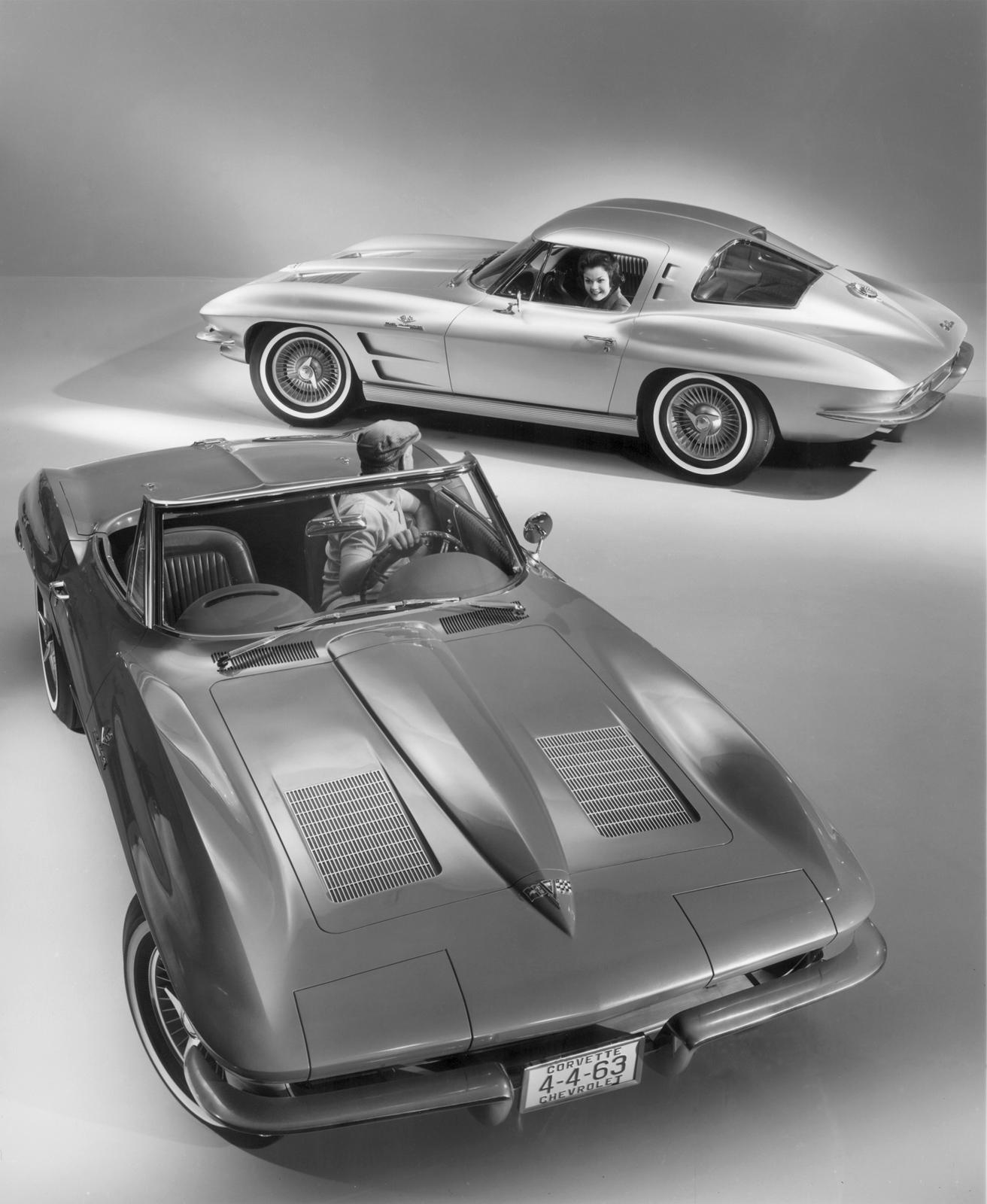 http://4.bp.blogspot.com/-wYy_JrMZGYE/TfMrXANw-dI/AAAAAAAAAIM/fLdu7cIrNCc/s1600/Corvette-C2-1963.jpg