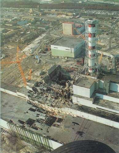 Planta nuclear de Chernóbil después del accidente.