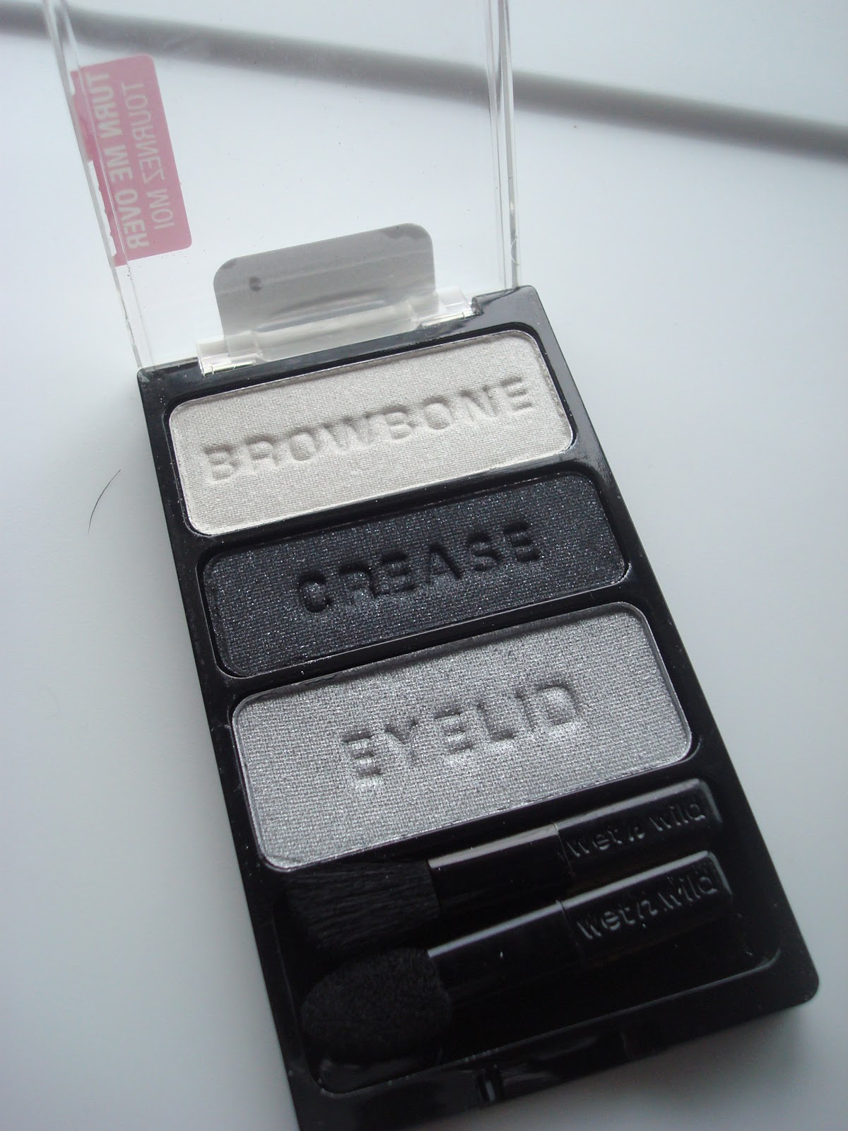 wet n' wild eyeshadow palette