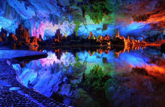Cuevas Reed Flute Cave en China