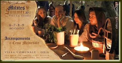 Accampamento e cena medievale con i milites