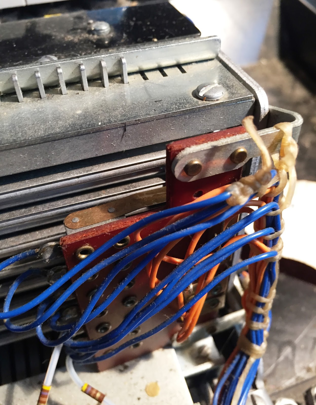 Rescue 1130 2014 Pickup Of An Ibm System And More September 2015 Python 1401 Wiring Diagram Back A Set Bails