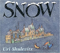 bookcover of SNOW  by Uri Shulevitz
