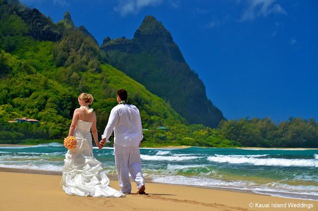 Wedding Photo of Tunnels Beach Kauai
