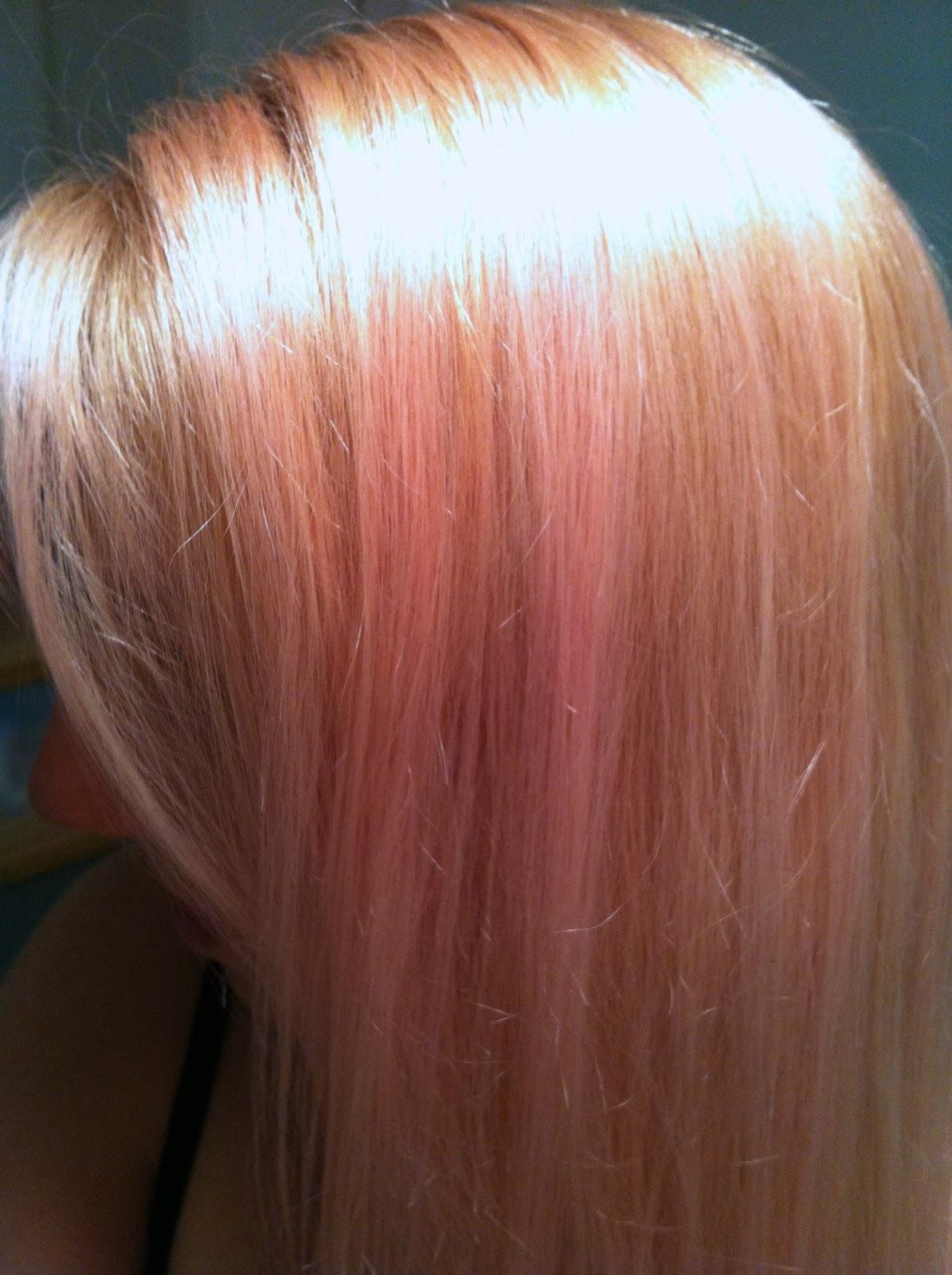 the gallery for gt blonde hair with pink underneath