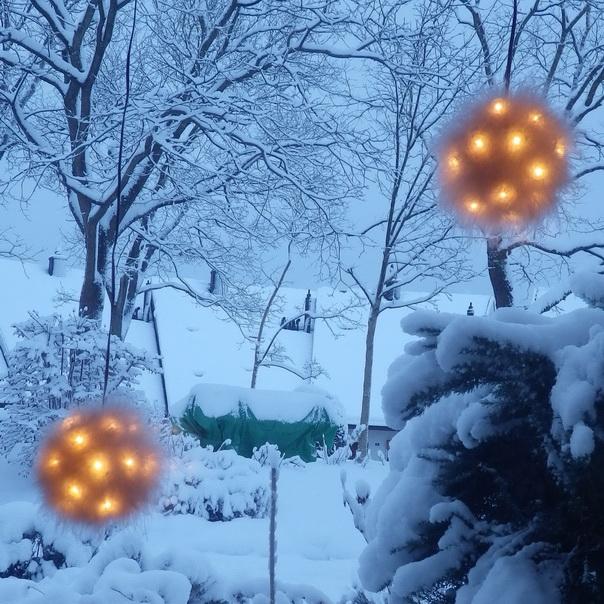 Romantischeslandleben winterwonderland am fenster - Lichterkette am fenster aufhangen ...