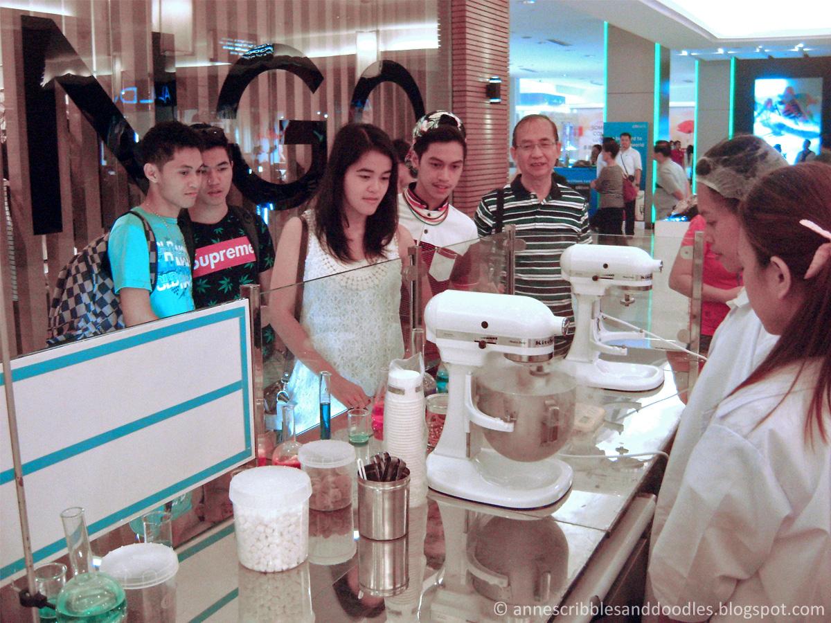 Ice Cream Laboratory - Liquid Nitrogen Magic