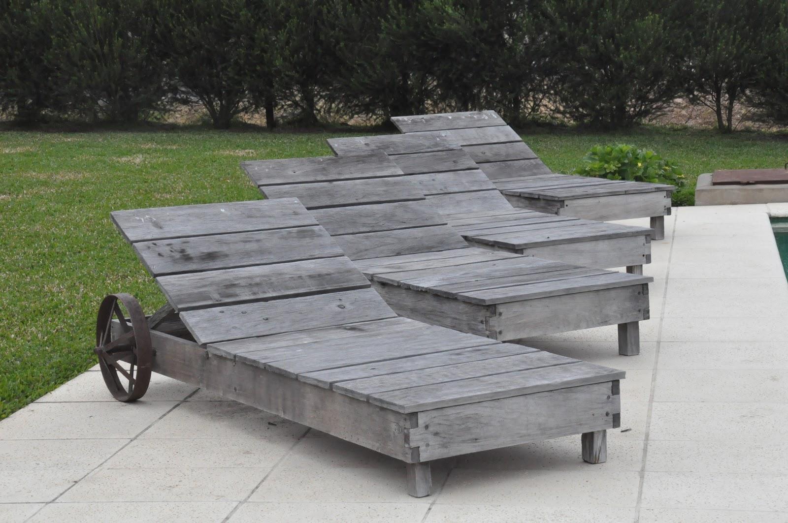 Muebles patchwork ruta 27 n 5707 rincon de milberg for Camastros de hierro para jardin