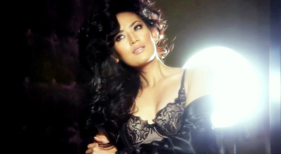 Maria Untuk Ajang Miss Universe Kostum Maria Untuk Ajang Miss Universe ...