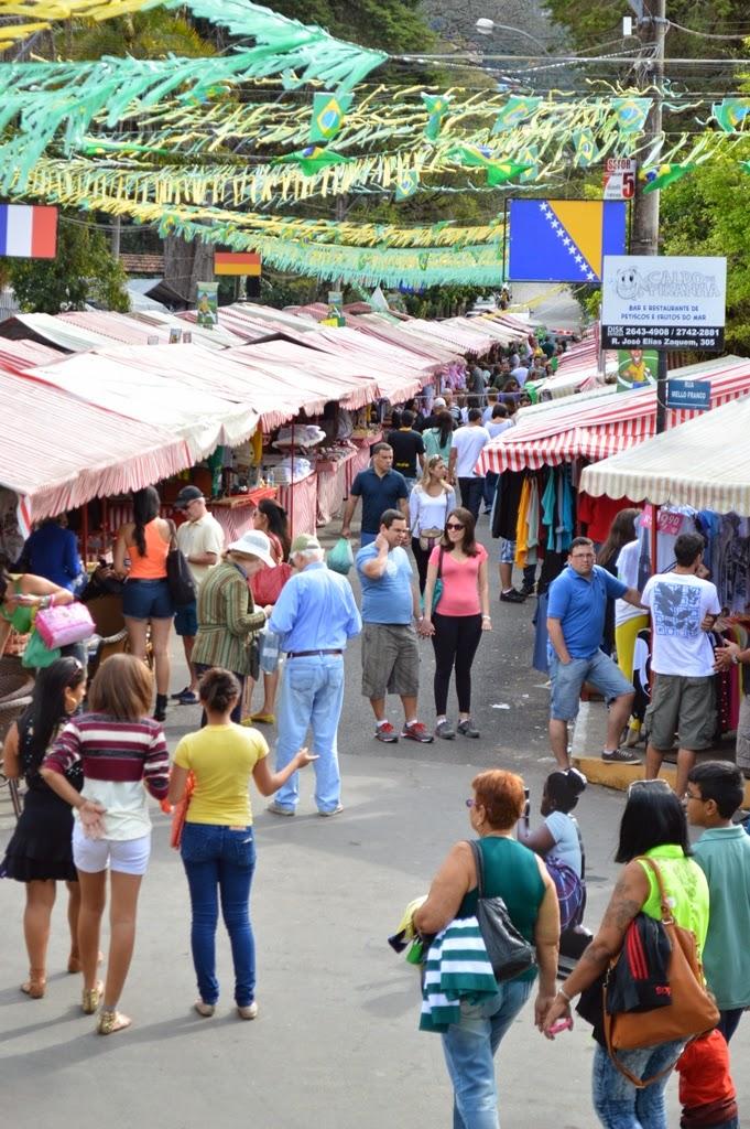 Número de visitantes vem aumentando na Feirinha, 'shopping' a céu aberto em Teresópolis