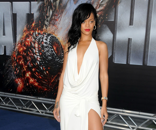 Rihanna photos from Battleship premiere in L.A.