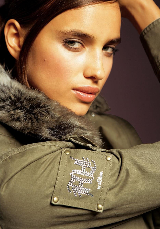 Russian Model Irina Shayk Hd Wallpaper