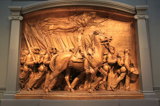 A 3D stone sculpture of army and horse can be seen at National Gallery of Art in Washington DC, USA