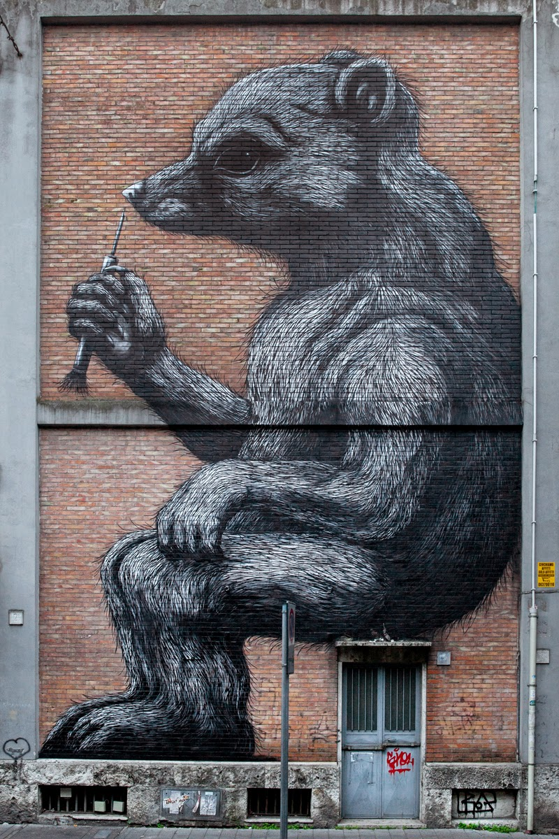 ROA is currently in Rome, Italy where he successfully opened his new solo exhibition with Dorothy Circus Gallery.
