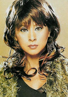 Urmila Matondkar Hairstyle Photo Gallery