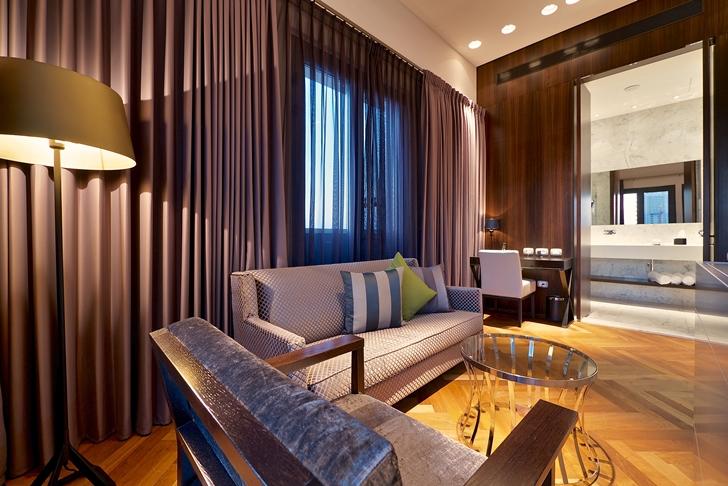 Hotel room design in Hotel Indigo in Tel Aviv