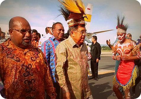 Jusuf Kalla Minta Pejabat di Papua Disiplinkan Diri