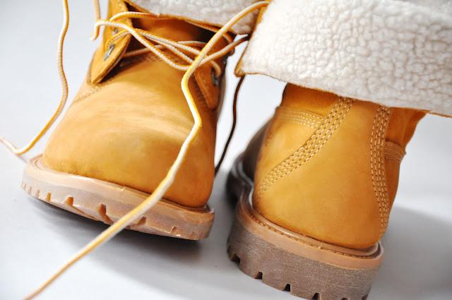 пшеничные ботинки Timberland c отворотами