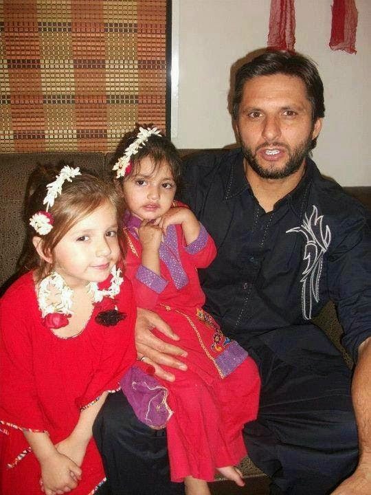 Shahid Afridi's Brother Wedding Unseen Pictures - Simple Wedding Of ...