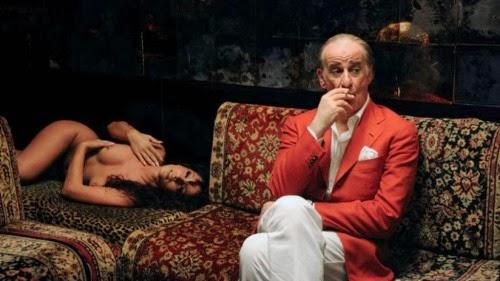 Il regista italiano sfonda a Cannes con un'opera d'arte assoluta