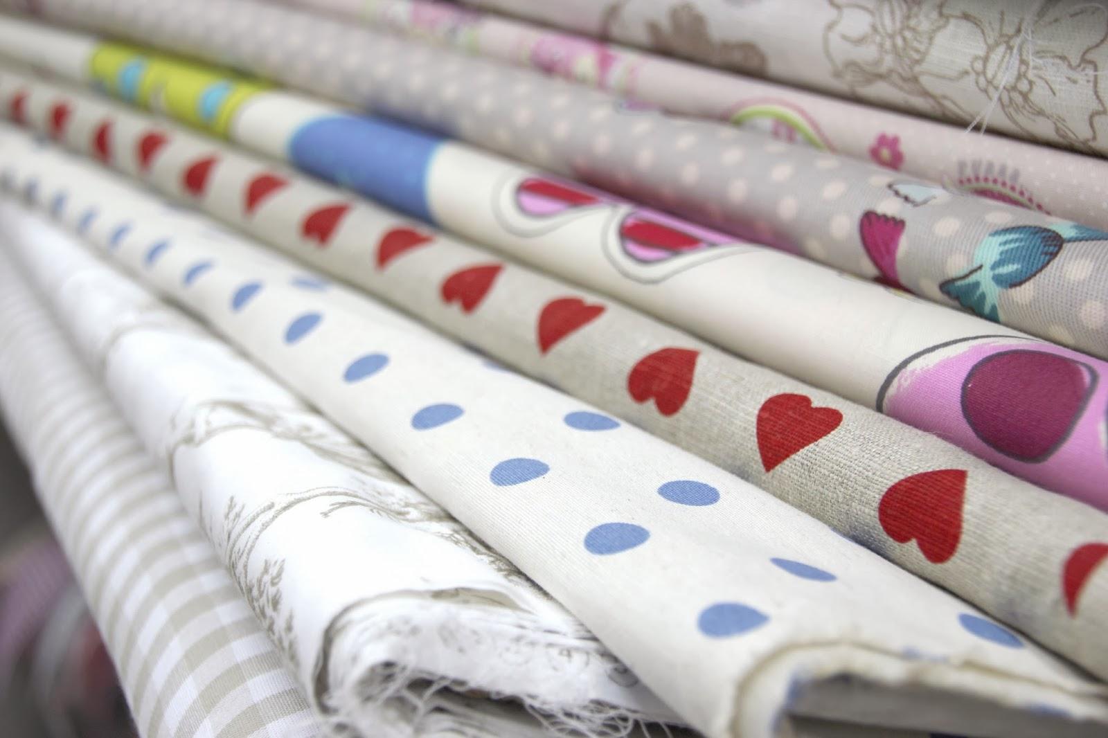 Maquina de coser buscar telas para confeccionar ropa - Telas de tapizar baratas ...