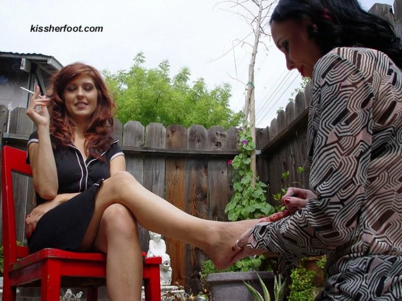 goddess toe paint slave worship mistress femdom feet2
