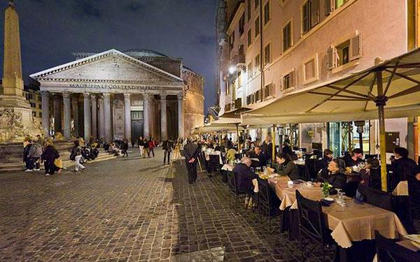 Cafes Near Colosseum Rome