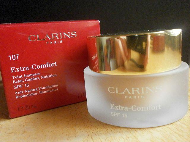 Clarins Extra Confort: Color y cuidado para tu piel en tarro.