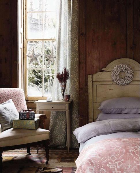 Dreamy Bedroom Decorating Ideas Vintage Style Wallpaper Bedroom Bedroom Furniture Argos Bedroom Decor Picture Frames: Stranger Than Vintage: Monday Design: 8 Dreamy Bedroom Designs