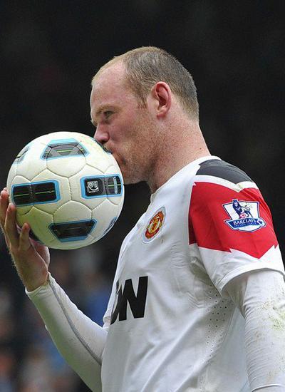 FA charged Wayne Rooney of abusive language west ham v man utd