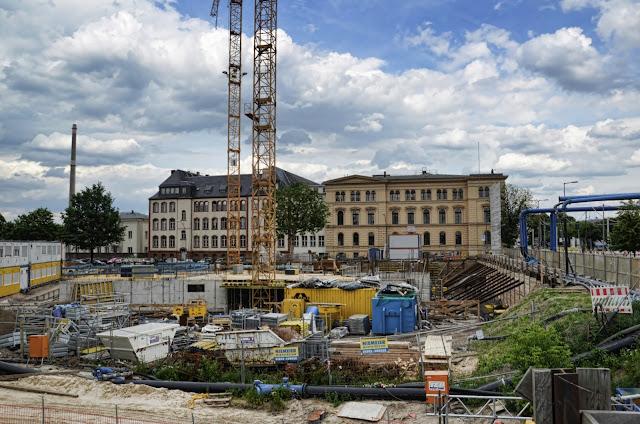 Baustelle Ibis Hotel und Hotel Amano, Invalidenstraße, gegenüber Hauptbahnhof, 15.06.2013