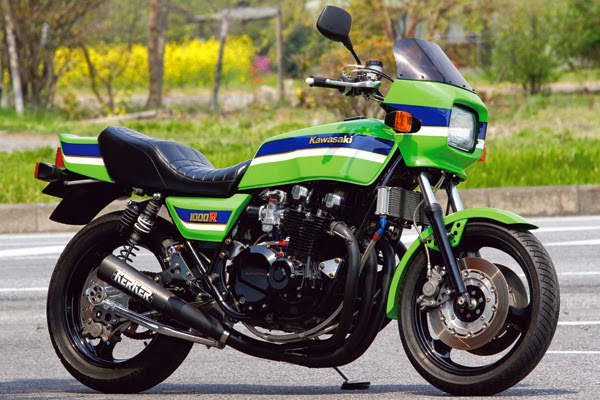 Kawasaki Z 1000R by Top End