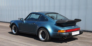 Bill Gates' Porsche 911 Turbo Sells for $ 80,000