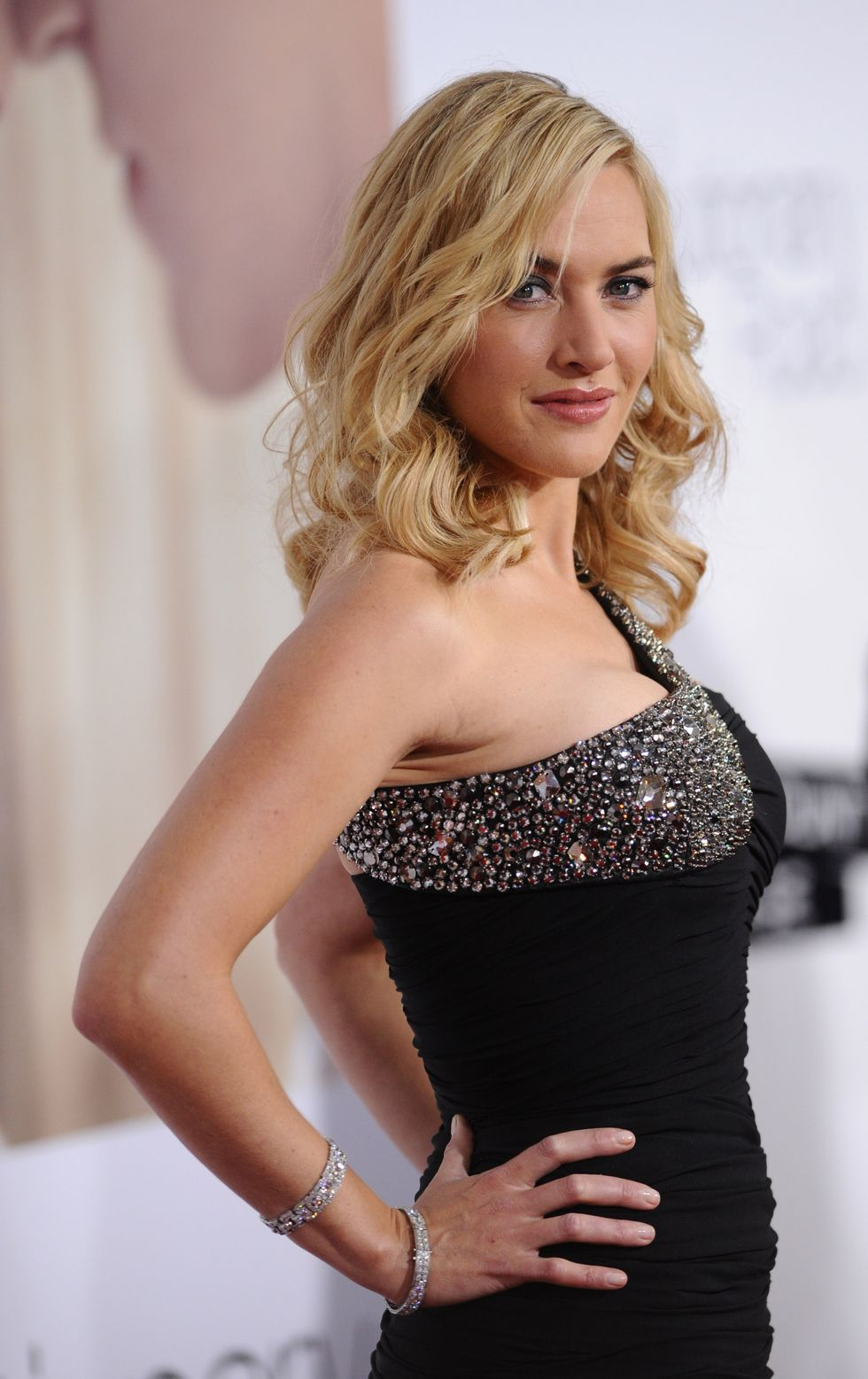 Kate Winslet Hot Pics   Hollywood Celebrity Hot Wallpapers Kate Winslet