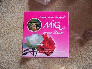 sabun herbal lakeisha aroma mawar