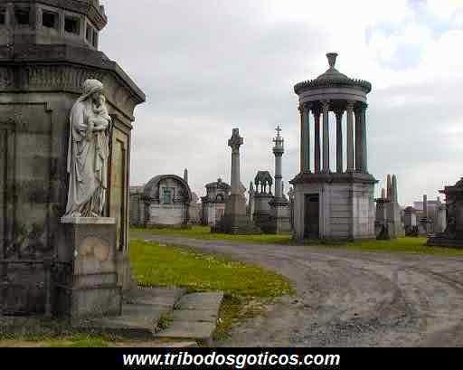 monumentos,cemiterio,goticos,imagens