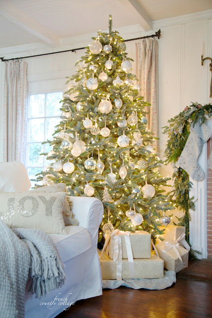 French Country Cottage Christmas Tree white & clear glass