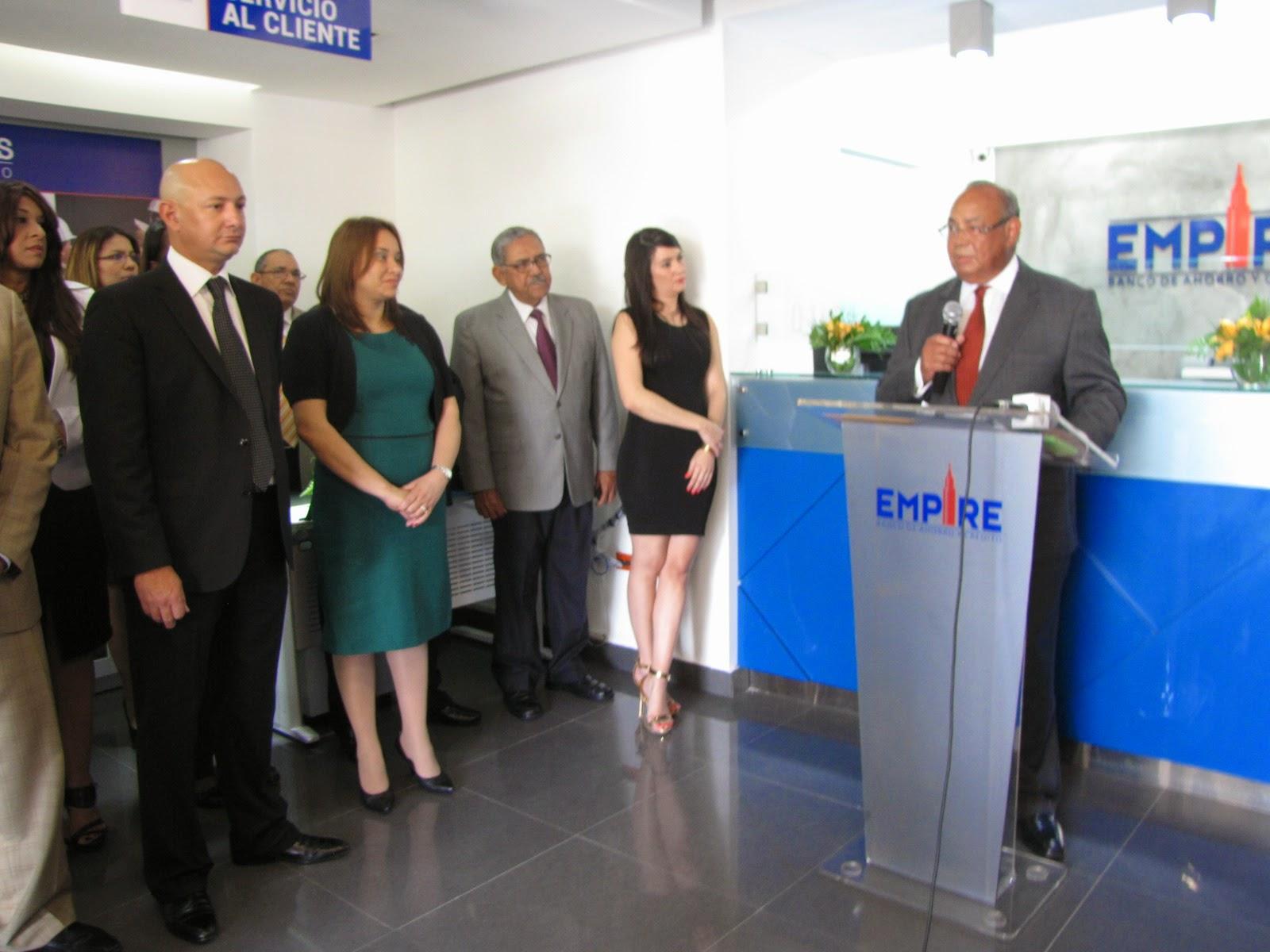 Sociales eym banco de ahorro y credicos inaugrura for Banco 0081 oficinas
