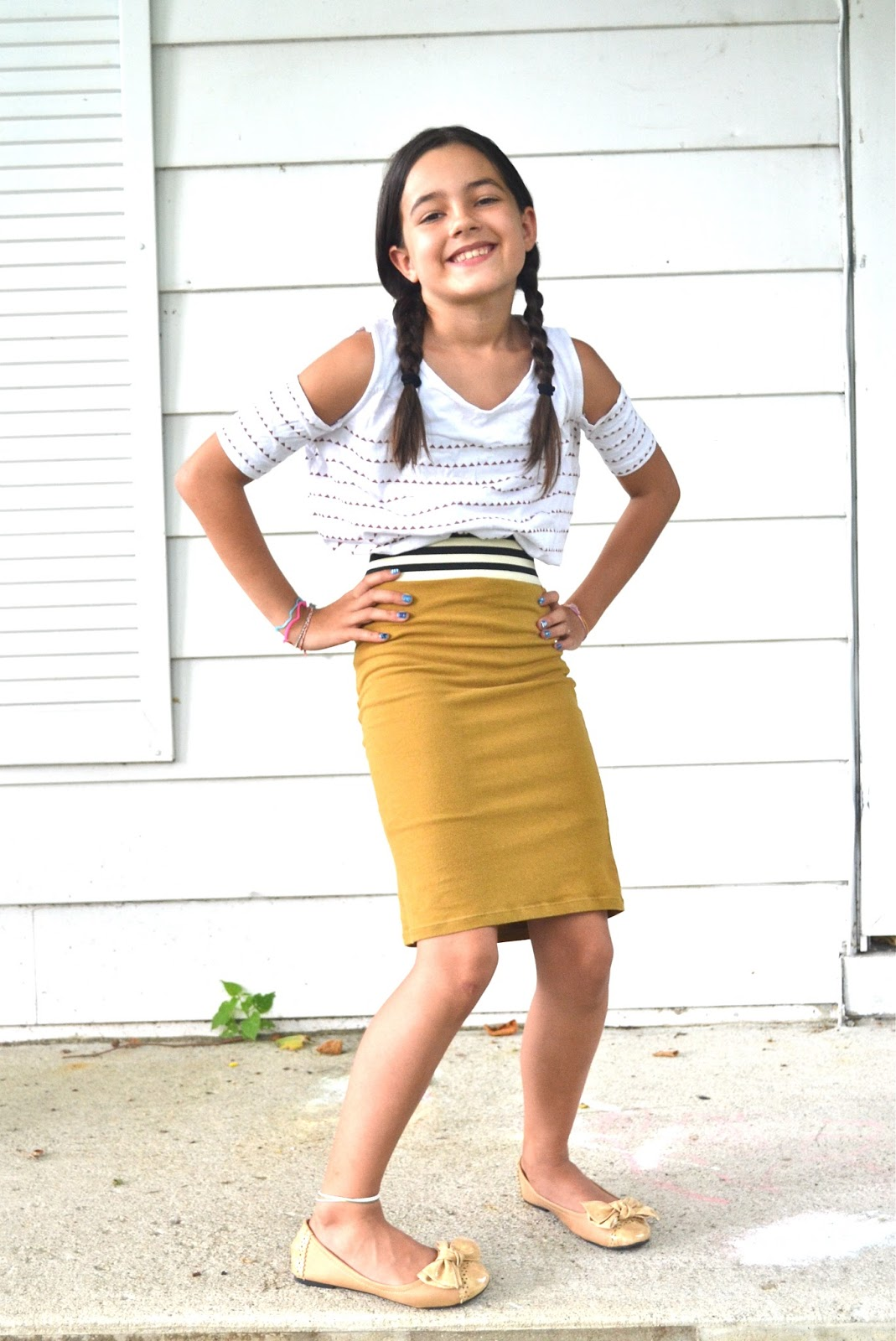 THE SISTERS BLOG - THE SISTERS BLOG: Stretchy Pencil Skirt For Eva...