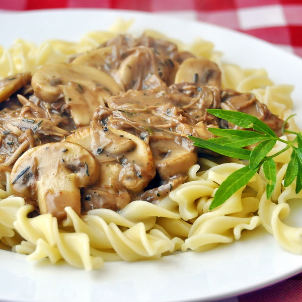 Easy Leftover Turkey Stroganoff